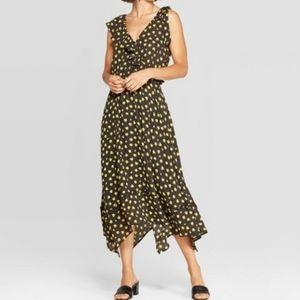 NWOT (S) Women's V Neck Ruffle Dress